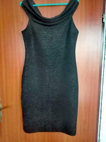 Sukienka rozmiar L czarna brokat