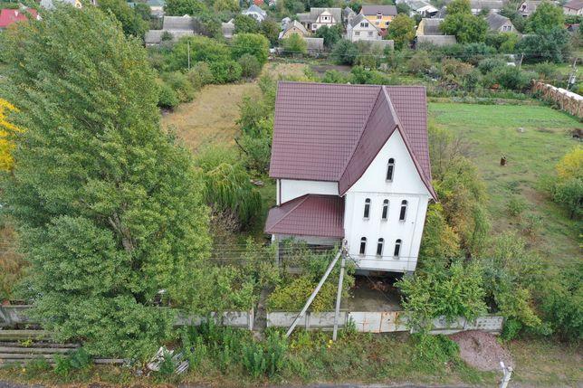 Продам будинок в Гореничах 278м і зем ділянка 16 соток по вул. Гоголя