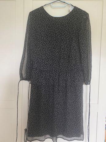 Czarna sukienka w gwiazdki Zara