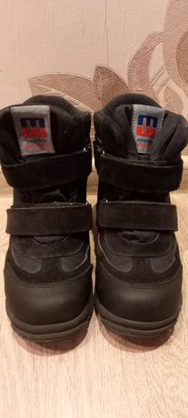 Продам детские ботинки MINIMEN