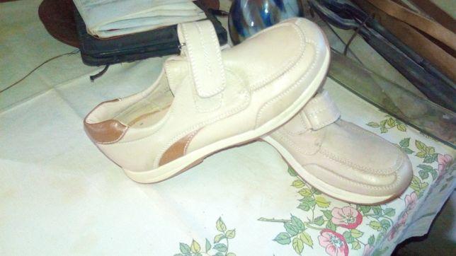 Детские кроссовки небольшой размер