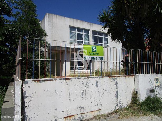 Edificio p/serviços - Sobreira