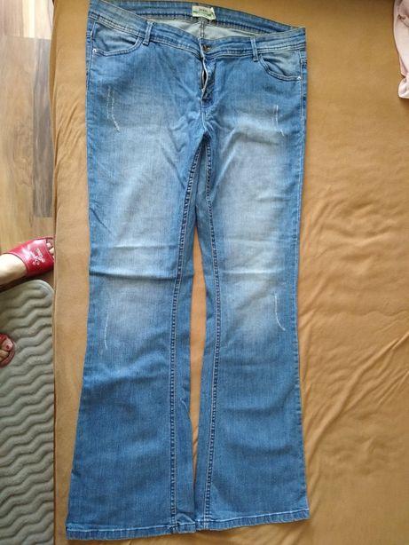 Dżinsy damskie 44 z szerszą nogawką