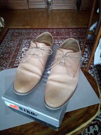 pantofle skórzane -Rico