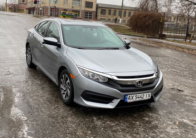 Honda Civic комплектация EX ноябрь 2016
