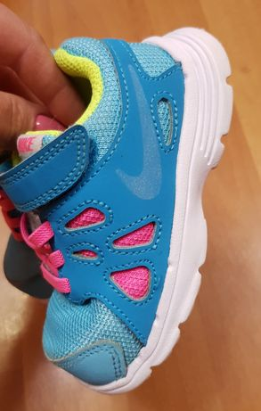 Nike кроссовки 22р.13,5см