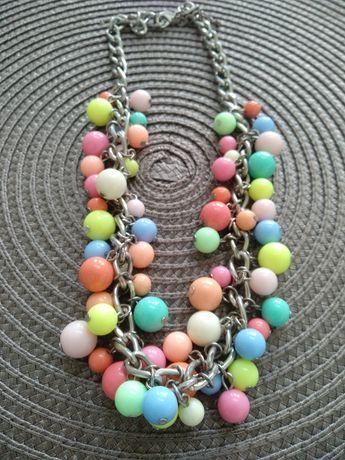 Naszyjnik z kolorowych koralików