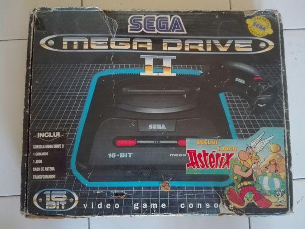 Mega Drive II + Arcade Power Stick + Jogos