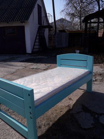 Дитяча кровать з матрасом