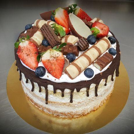 Torty, ciasta, tarty na zamówienie - Pavlova, Tiramisu, Naked Cake...