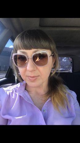 Продаю очки Prada.Оригинал.Номер и коды на фото