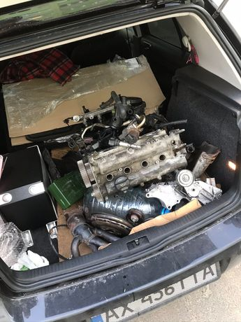 Двигатель/запчасти Volkswagen Golf 4 1.6 16v BCB (по запчастям)