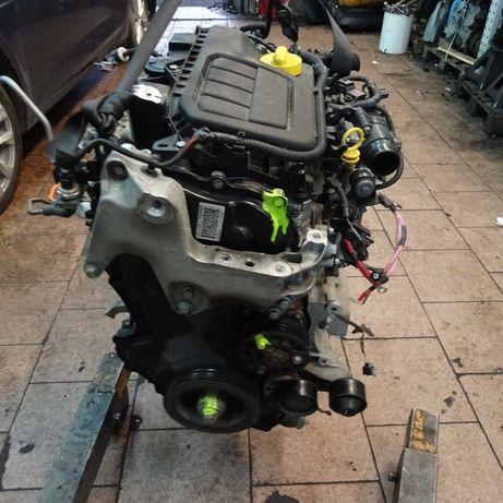 Silnik Renault Scenic Megane Trafic Vivaro 1.6 DCI R9M402 R9M CZĘŚCI