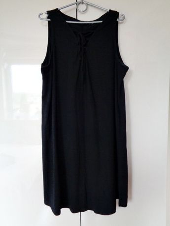 sukienka czarna z wiązaniem na dekolcie Bon Prix 44/46