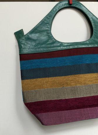 Marokańska torebka z surówki jedwabnej w kolorowe pasy