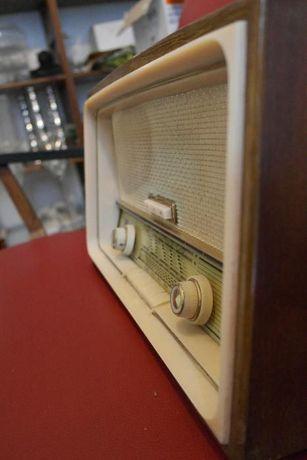 Rádio Vintage Philips Type B3X64A /72