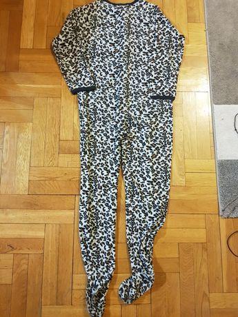 Piżama-kombinezon w panterkę