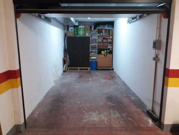garagem/box - Vialonga