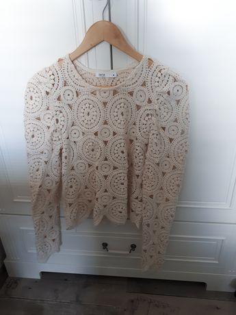 Piekna azurkowa bluzka