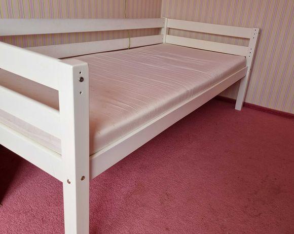 łóżko dziecięce 200x90 z materacem