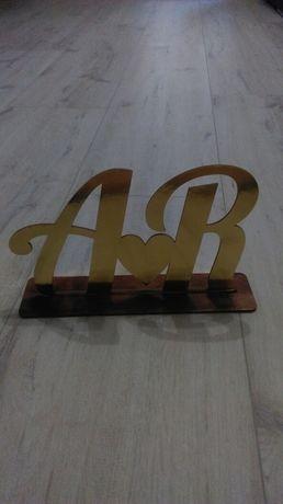Inicjały na stół A & R