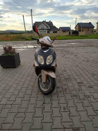 Скутер 50 q Baotian