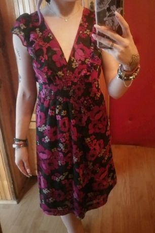 piękna sukienka ciążowa w kwiaty zwiewna na lato tanio