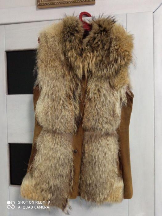 Продам женскую жилетку с енота Староконстантинов - изображение 1