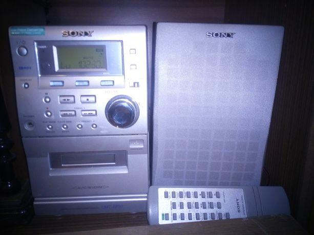 Mini wieża Sony z 2 głośnikami