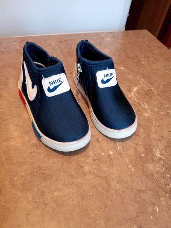 Взуття для дитини