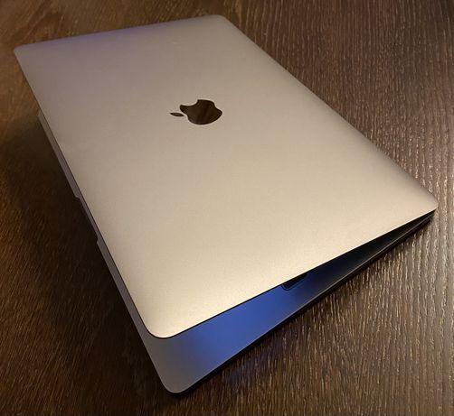 Macbook pro 13.3 128 SSD 2019