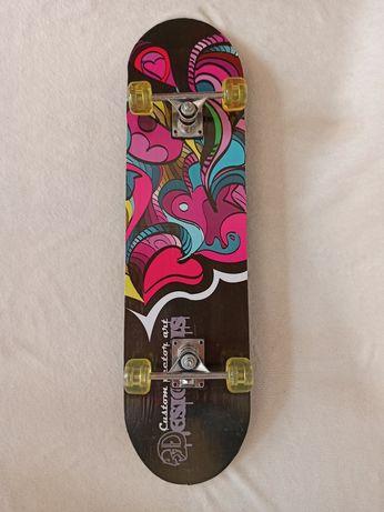 Скейтборд в ідеальному стані (новий)
