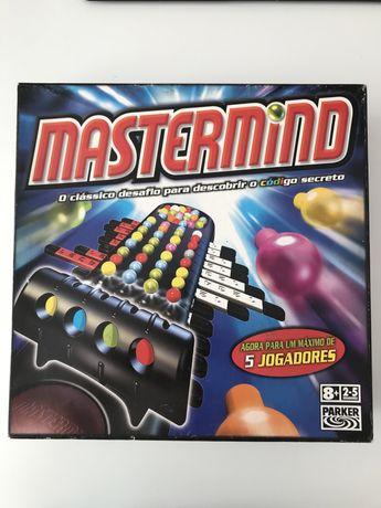 Jogo de Tabuleiro Mastermind