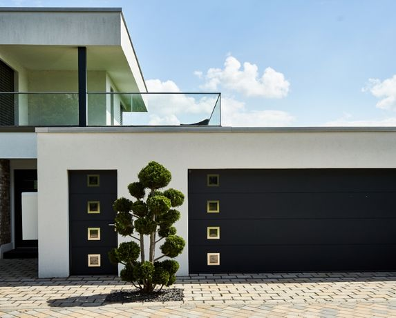 Producent Brama garażowa segmentowa Bramy garażowe przemysłowe3,165*2