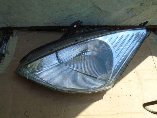 Ford Focus Mk1 Lampa Przednia Lewa