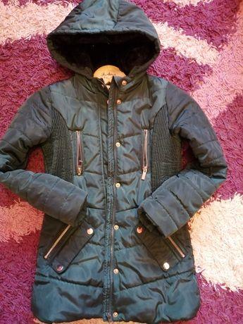Зимова куртка на дівчинку в ідеальному стані 150 Гр.
