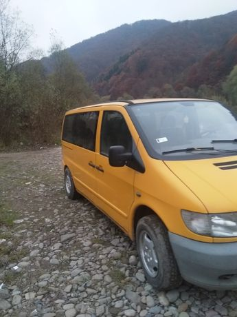 Машина.  вито 638