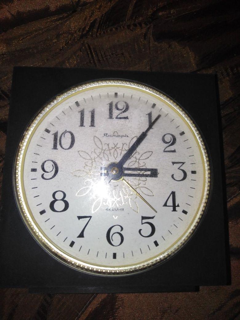 Часы Янтарь времён ссср