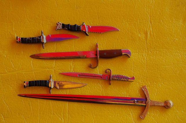 Noże , miecze do papieru