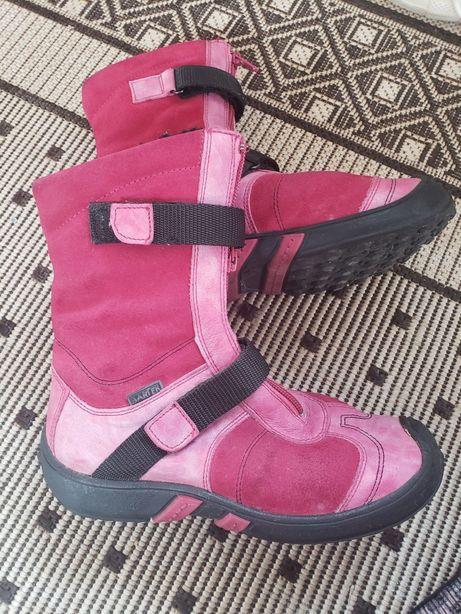 Зимові чобітки для дівчинки Bartek,34 розмір.