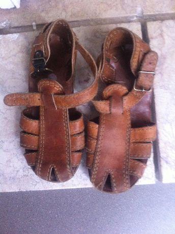 (2 por 1)Sandálias, sapatilhas BALLETT pantufas-ténis criança 2 a 3 an