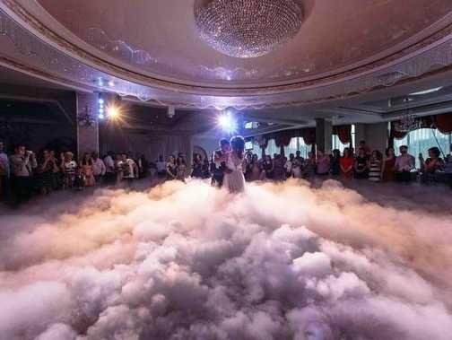 Важкий дим,Перший танець,Спецефекти,Конфеті