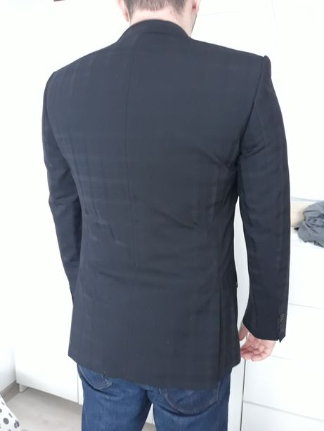 Oryginalny garnitur firmy Digel rozmiar M krata
