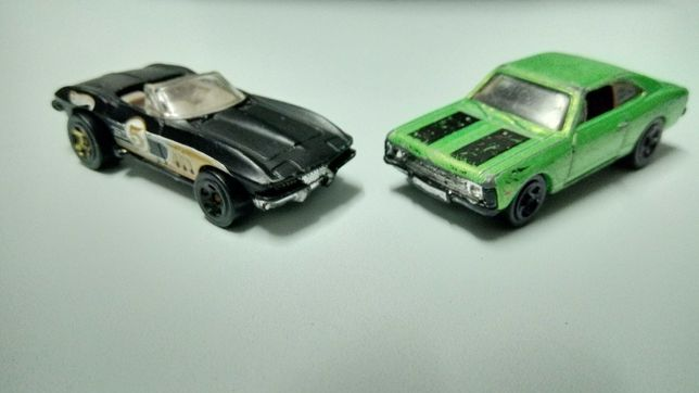 Miniaturas diecast hotwheels antigas: Chevrolet + Corvette