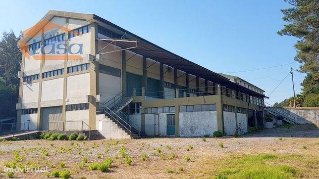 Armazém Zona Industrial de Avintes com 18.500 m2 terreno