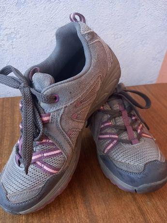 Детские трекинговые кроссовки 35-36 размер