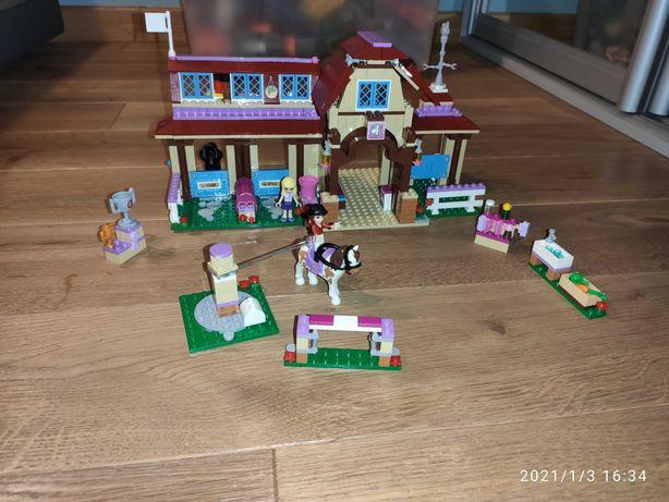LEGO Friends Klub jeździecki Heartlake (41126)