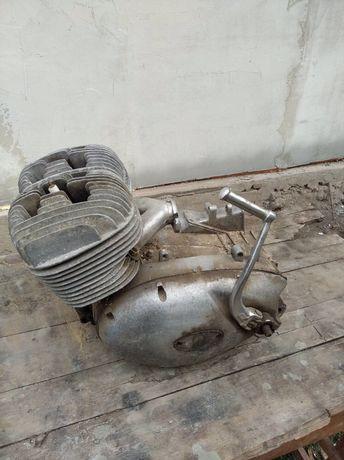 Продам мотор от юпитер 3, и немного мелочей