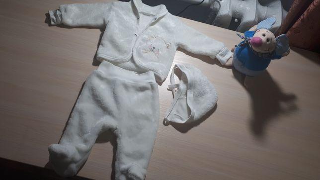 Костюмчики для новорожденных 0-6мес.