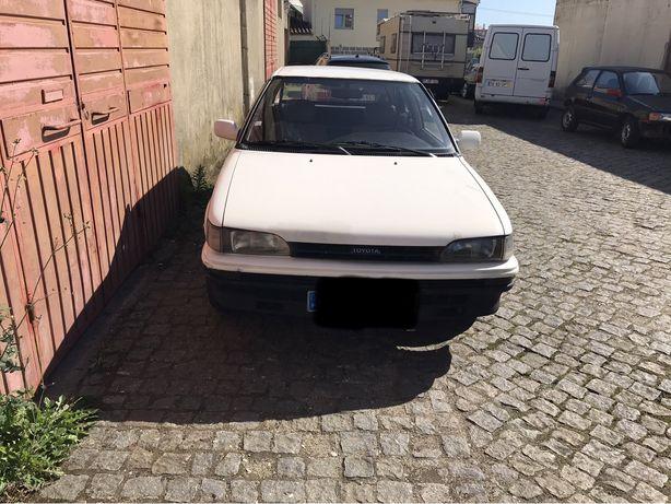 VENDO!!!Toyota corolla VI.